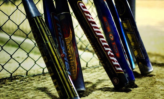 Best Softball Bat Reviews & Buying Guide