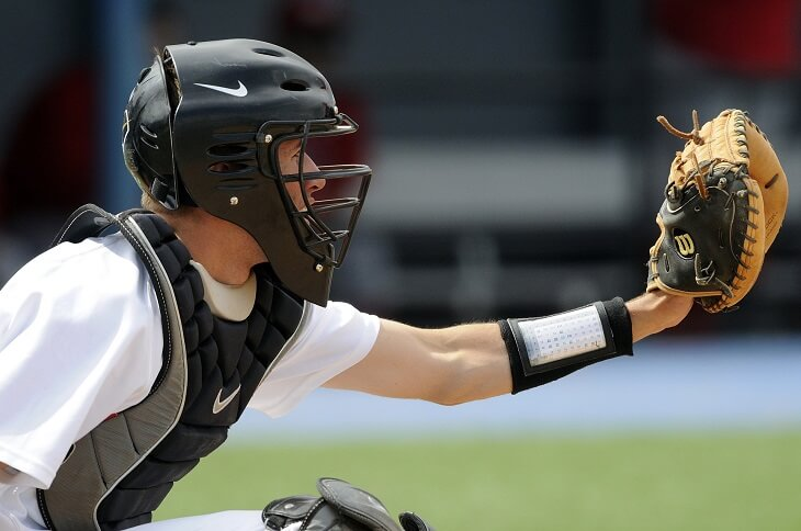 Best Catcher's Mitts For Players